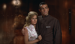 Dr. No - Bond and Honey in clothes