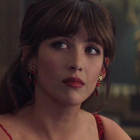 File:Elektra King (Sophie Marceau) - Profile.jpg