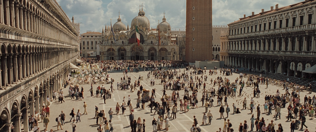 File:Casino Royale (137).png