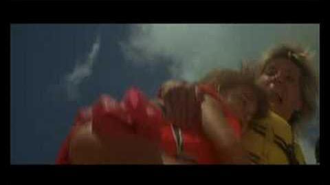 JAWS THE REVENGE-- BANANNA BOAT SCENE
