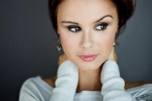 O-KEEGAN-CONNOR-TRACY-facebook