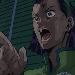 Tomoko scared of Terunosuke's coming, asking his name.