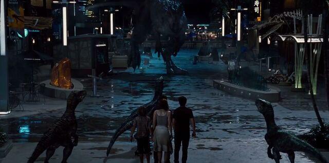 File:Raptors vs I-Rex Main Street Showdown.jpg