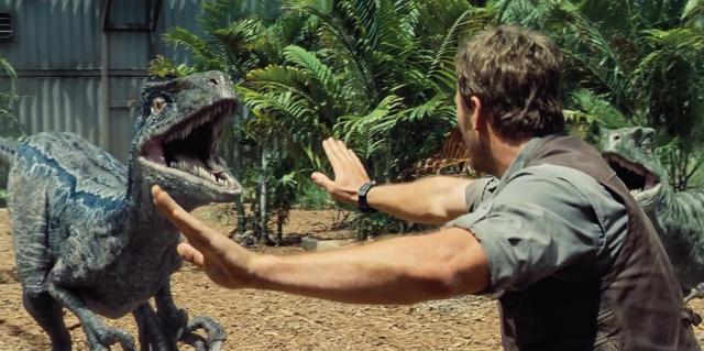 File:Jurassic-World-Velociraptors-5.png