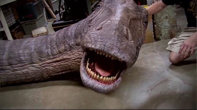 File:Apatosaur robot.jpg