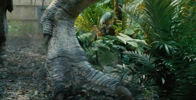 File:Jurassic-world-super-bowl-trailer-screenshot-indominus-rex-foot.jpg