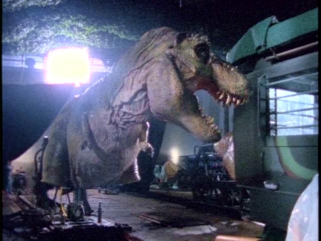 File:Maletyrannosaurusanimatronic2.png