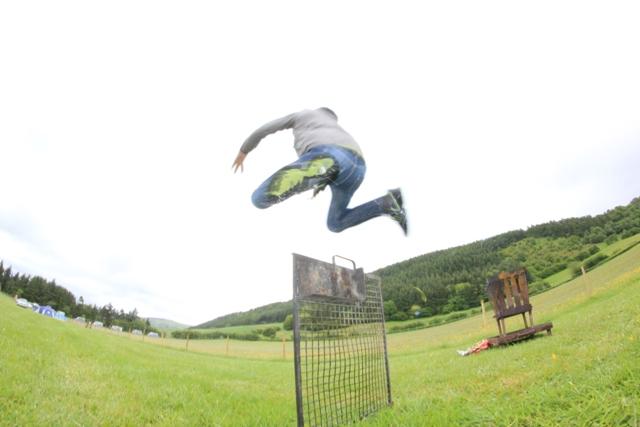 File:Oliver Leap.jpg