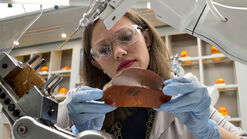 Woman-tech-holding-amber
