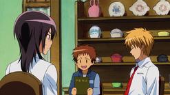 Hinata reading the menu