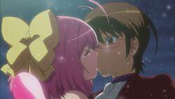 Keima and Kanon kiss