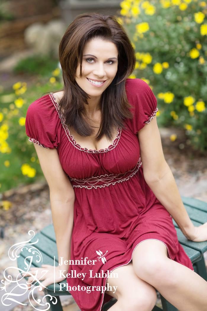 Jennifer Bini Taylor 49876 | MOVDATA