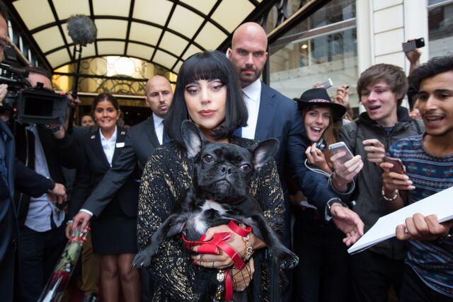 File:9-22-14 Leaving Hotel in Brussels 002.jpg