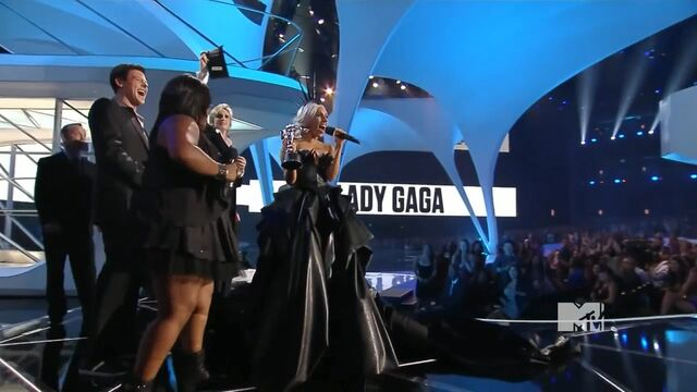 File:MTV VMAS 2010 SCREENSHOT 12.jpg