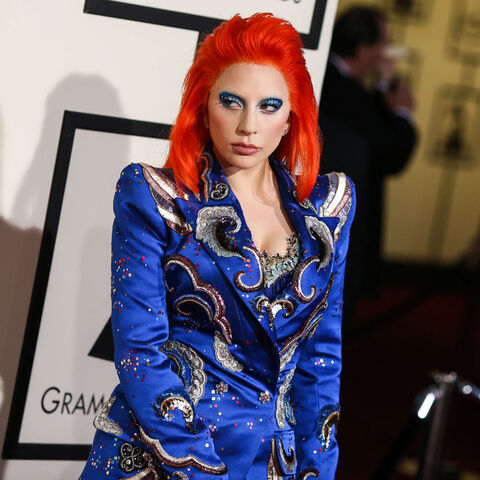 File:2-15-16 Red Carpet at 58th Grammy Awards at Staples Center in LA 004.jpg