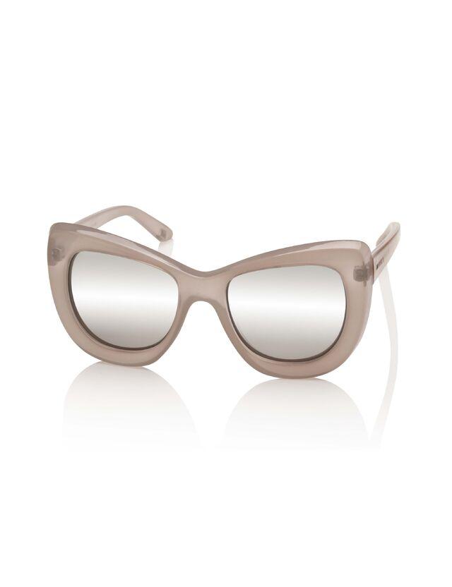 File:Le Specs - Queenie..jpg