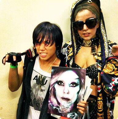 File:5-28-12 Backstage meet and greet 001.jpg