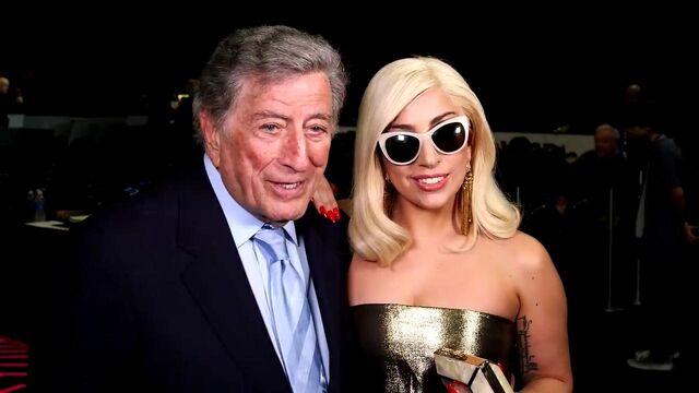File:2-5-15 57th Grammy Awards 001.jpg