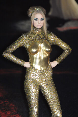 File:Alexander-mcqueen-fall-2007-jumpsuit-profile.jpg