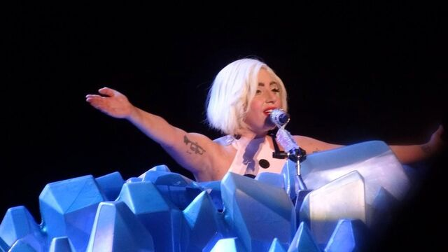 File:8-13-14 Dope artRAVE the ARTPOP ball.jpg