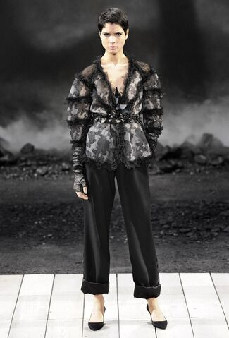 File:Chanel Fall 2011 RTW Black Wide Trousers.jpg