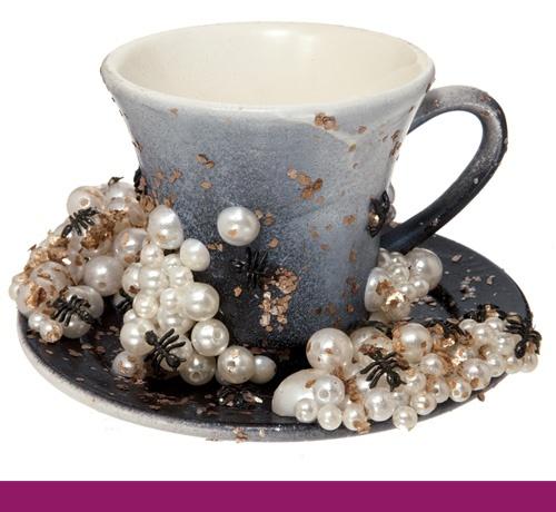 File:Img-gaga-tea-cup 111207317019.jpg article gallery slideshow v2.jpg