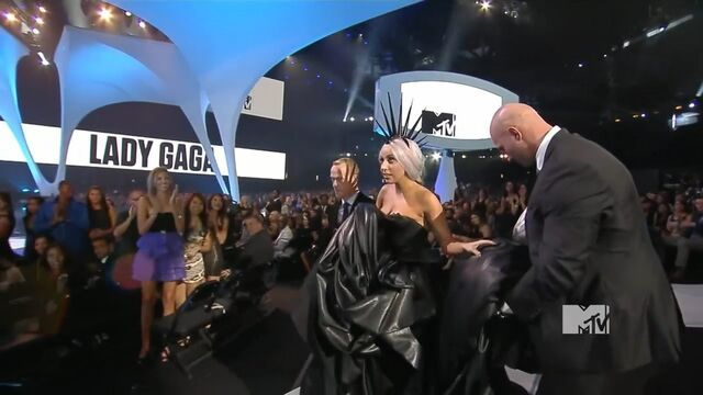 File:MTV VMAS 2010 SCREENSHOT 10.jpg