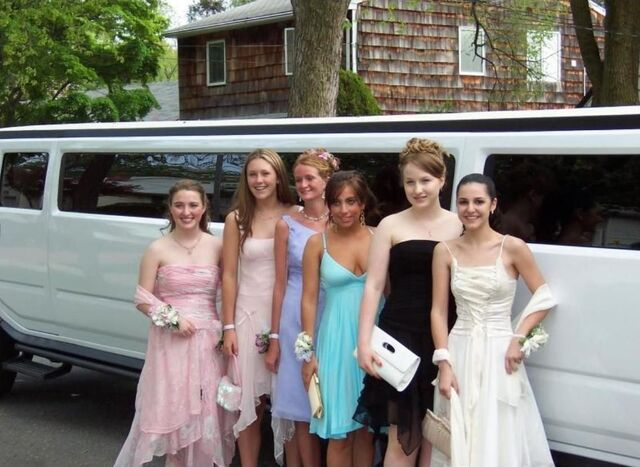 File:0-0-04 Prom Party 003.jpg