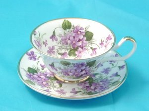 File:Tea Cup Gallery Wild Violets Bone China Tea Cup and Saucer.jpg