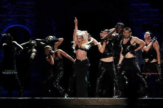 File:The Born This Way Ball Tour Black Jesus Amen Fashion 001.jpg