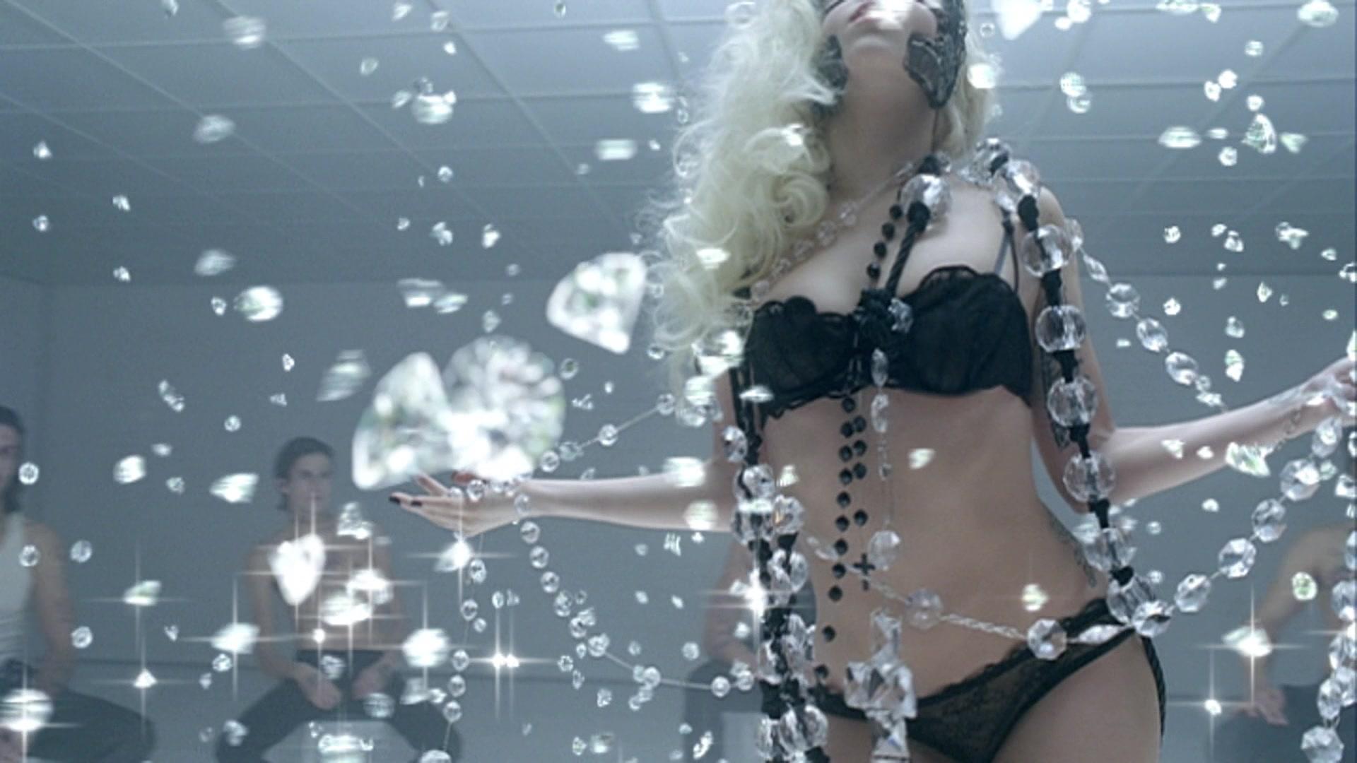 File:Lady Gaga - Bad Romance 028.jpg
