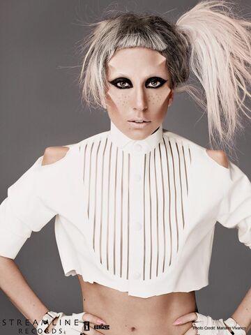 File:Born This Way USB - Mariano Vivanco 017.jpg