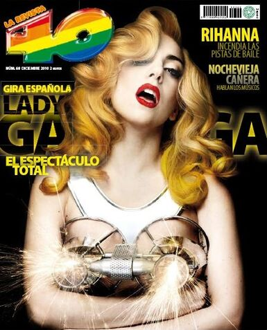 File:La Revista 40 (Dec, 2010).jpg