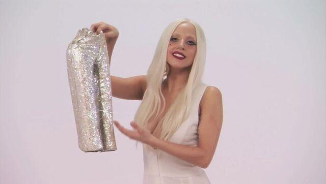 File:7-28-11 Jimmy Kimmel Live! - Gaga Googoo 003.jpg