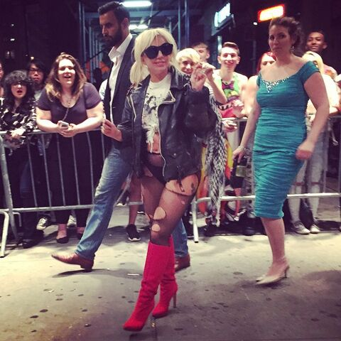 File:6-20-15 Leaving Gramercy Theatre in NYC 001.jpg