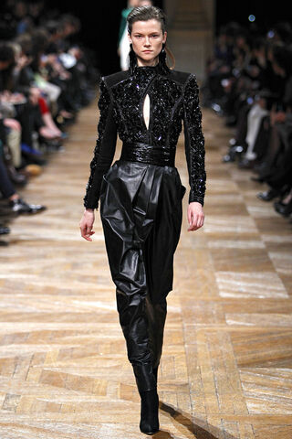 File:Balmain - Fall 2013 004.JPG