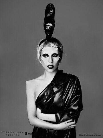 File:Born This Way USB - Mariano Vivanco 015.jpg
