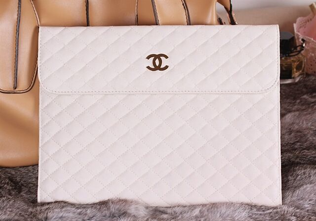 File:Chanel - IPad case.jpg