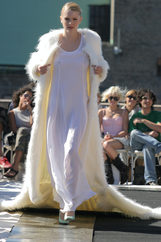 File:Benjamin Cho Spring 2005 Polar Bear Faux Fur.jpg