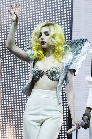 File:1-21-10 Monster Ball 001.jpg