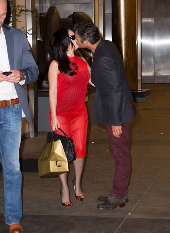File:Leaving Nobu Restaurant In NYC (May 11) (2).jpg
