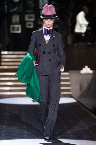 File:DSquared2 - Fall 2013 Collection 003.JPG