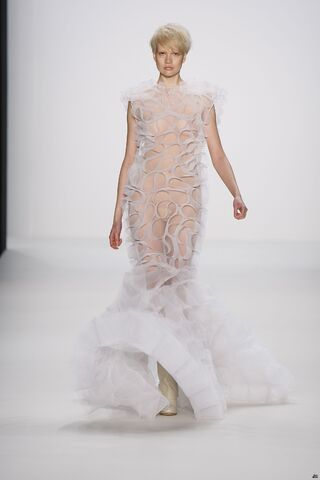 File:LeVer Couture Sensual Obsession Gown.jpg