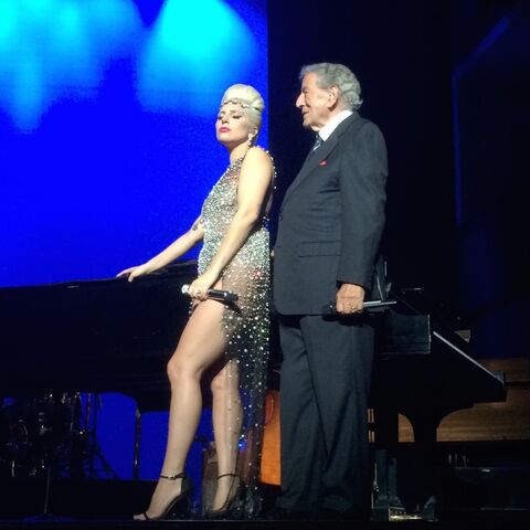 File:8-1-15 Cheek to Cheek Tour 001.jpg
