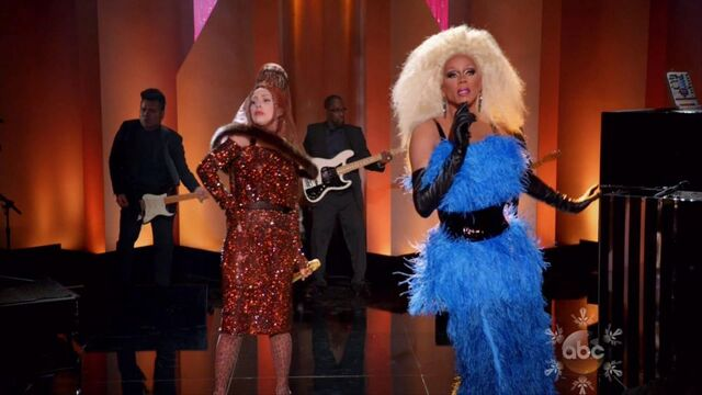 File:10-8-13 Muppets Special Fashion! 003.jpg