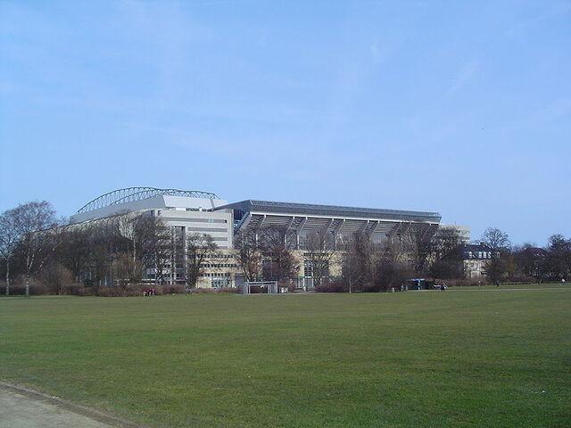 File:Parken Stadium.jpg