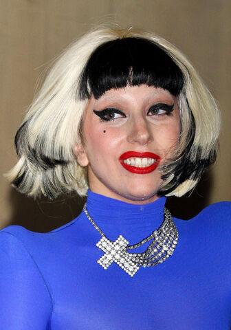 File:Gaga-mexico-5.jpg