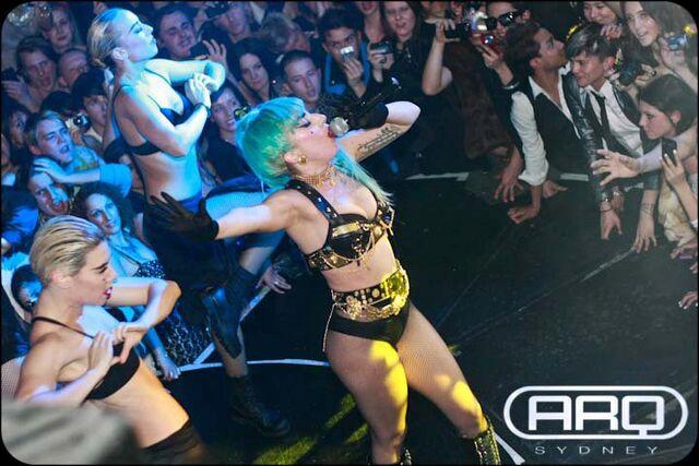 File:7-12-11 At ARQ Nightclub in Sydney 002.jpg