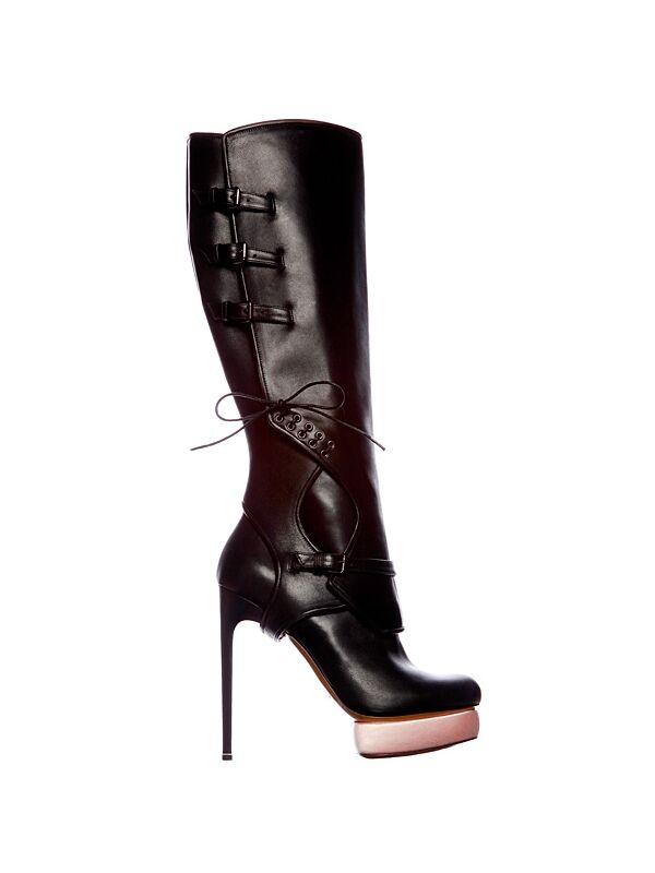 File:Nicholas Kirkwood - Fall Winter 2011 Boots.jpg