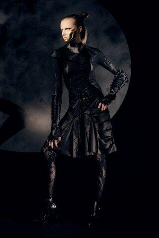 File:Somarta - ''Adamantine'' Fall 2009 Collection.jpg